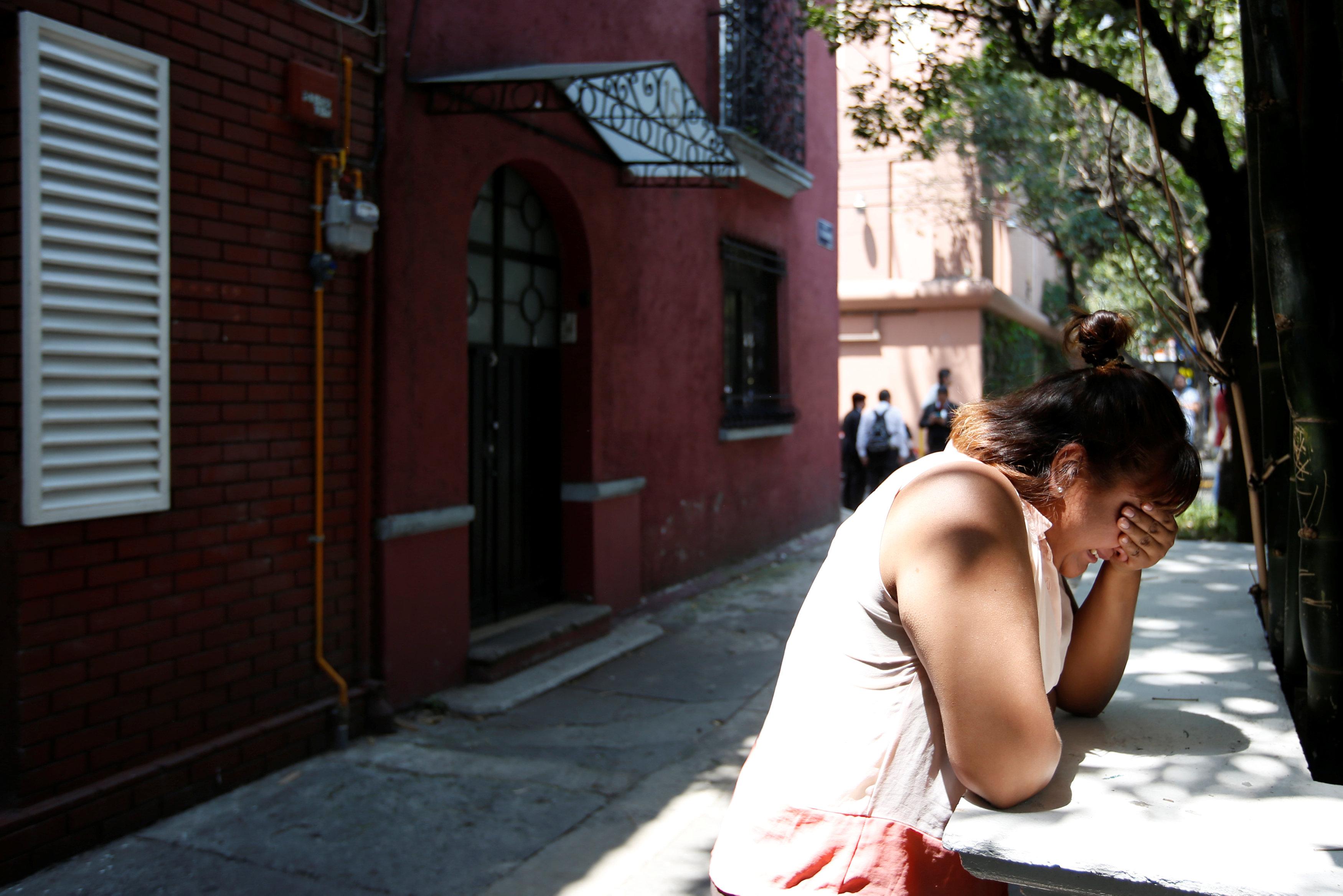 Поменьшей мере  42 человек погибли из-за землетрясения вМексике
