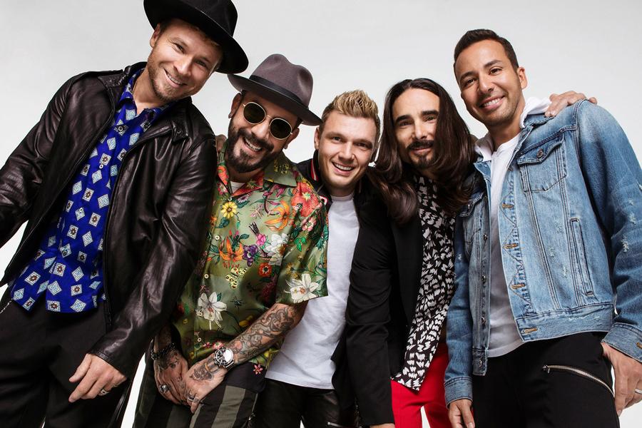 МИА «Музыка»: Культовые Backstreet Boys выпустили новый альбом «DNA»