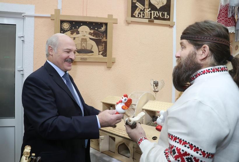 Лукашенко поручил обратить внимание нарайонные клиники