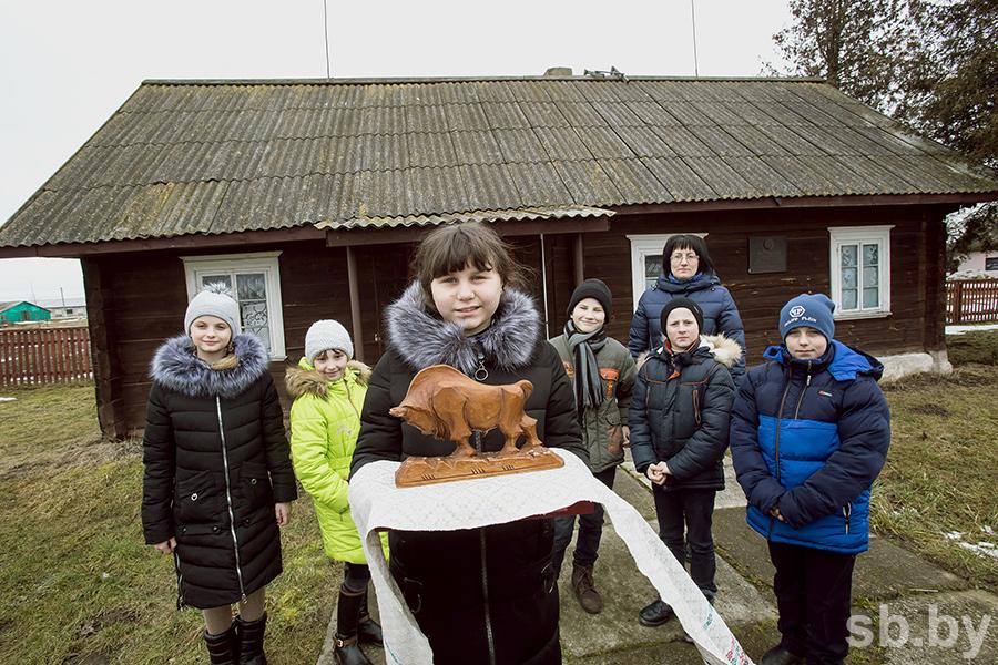 Вминске проходит разрешенный митинг послучаю 100-летия бнр