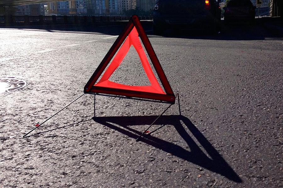 ВОршанском районе микроавтобус столкнулся с грузовым автомобилем