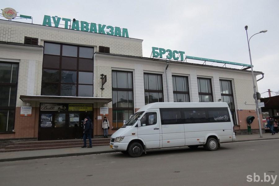 Нерегулярные перевозчики в Брестской области опасаются повышения цен и потери бизнеса