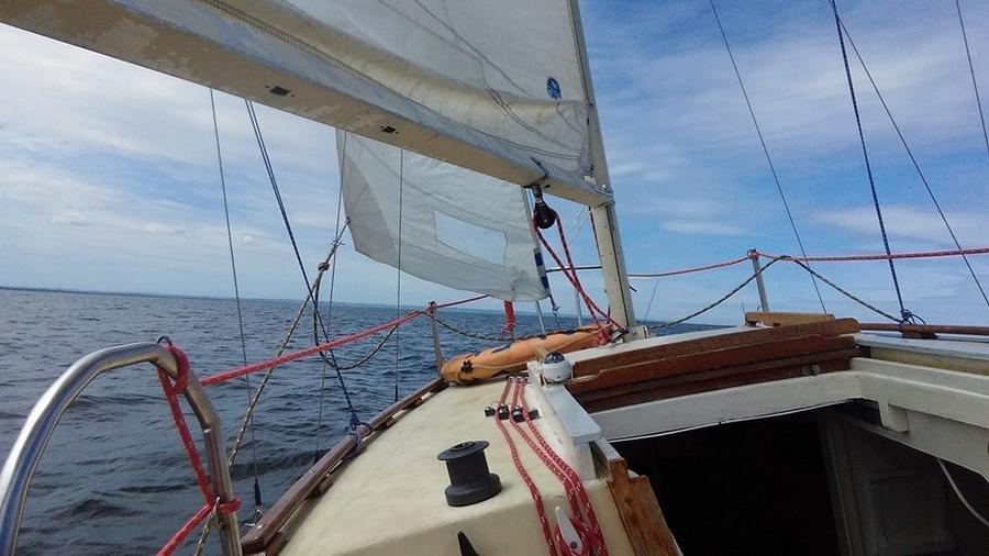 Брестский яхтсмен отправился в морское путешествие во Францию