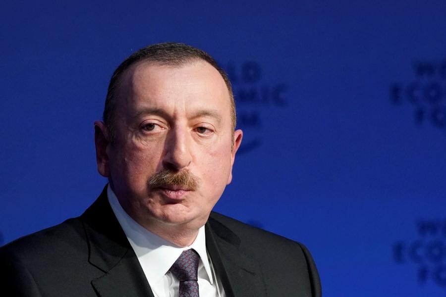 ВАзербайджане пояснили проведение внеочередных президентских выборов