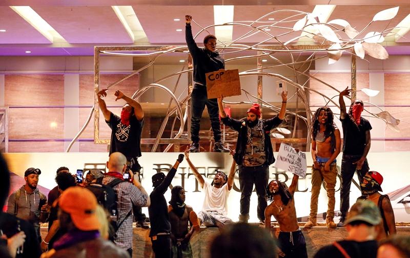 #BlackLivesMatter. Все детали столкновений вСША после убийства афроамериканца