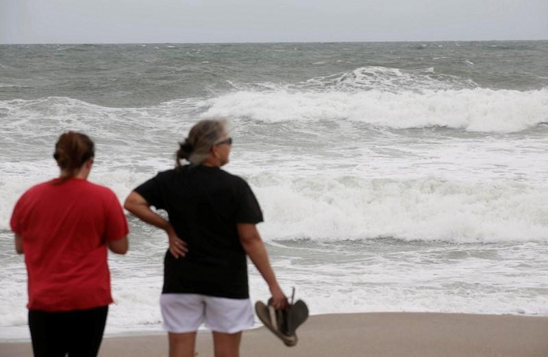 ВСША эвакуируют 2 млн человек из-за приближения смертоносного урагана «Мэттью»