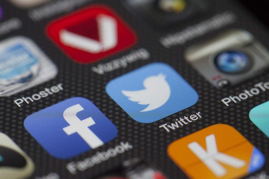 Вмешательство Российской Федерации вBrexit: парламент Великобритании грозит санкциями социальная сеть Facebook и Твиттер