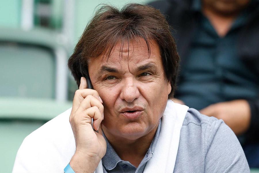 Президент швейцарского футбольного клуба избил корреспондента