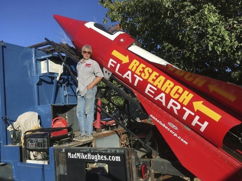 Жителю америки неразрешили обосновать на собственной ракете теорию оплоской Земле