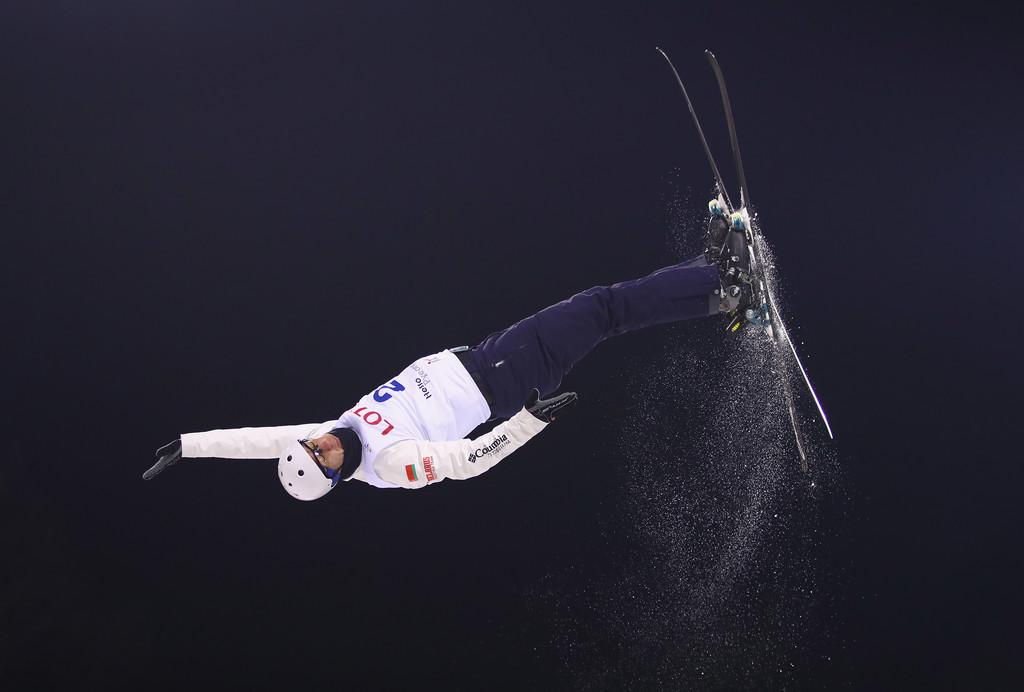 Казахстанский могулист Дмитрий Рейхерд взял «серебро» наэтапе Кубка мира