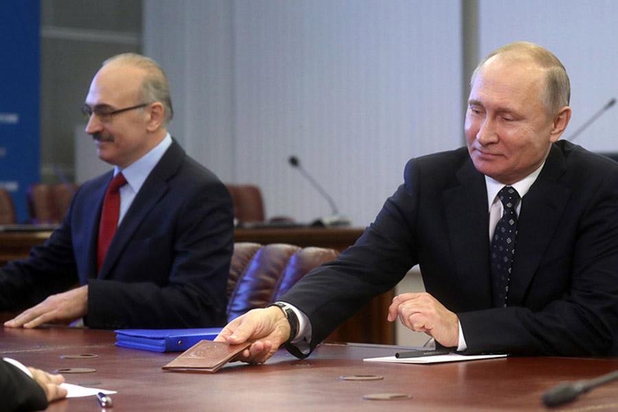 Уполномоченным В. Путина пофинансовым задачам навыборах будет представитель единороссов