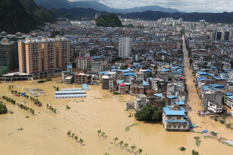Неменее уже 15 человек погибли из-за наводнения наюге Китайской народной республики