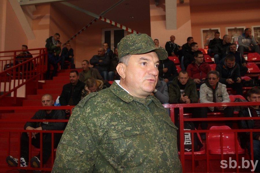 Около 130 запасников из Бреста отправились в воинские части страны