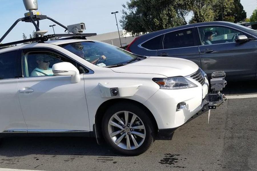 На трассах Калифорнии замечен тестируемый Apple беспилотный автомобиль