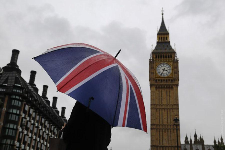 Документ Еврокомиссии: Великобритании  придется платить заBrexit вевро
