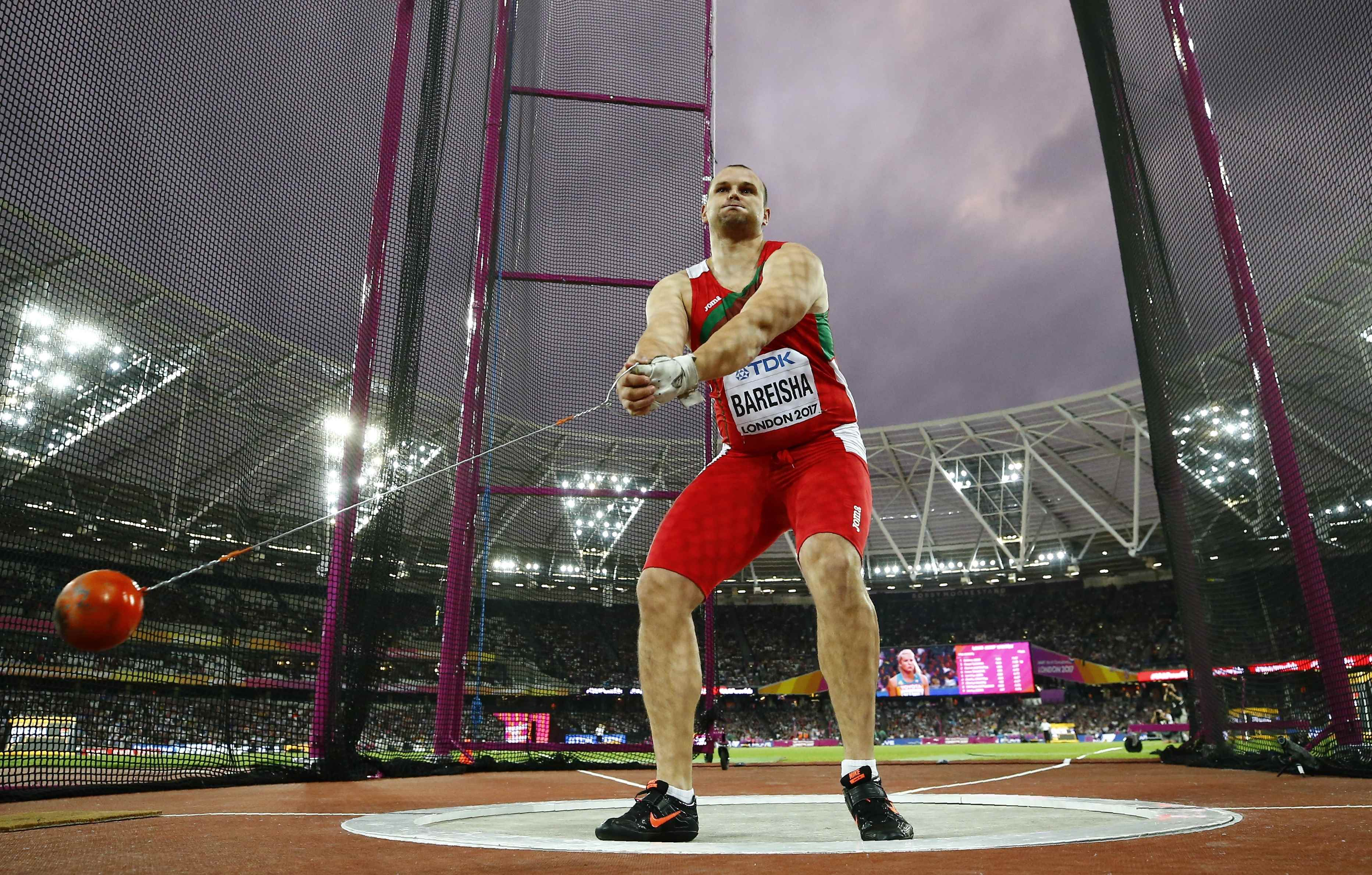Пронкин завоевал серебро вметании молота начемпионате мира, победил поляк Файдек