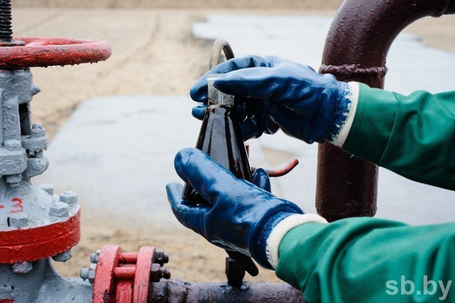 Беларусь подняла тарифы натранзит нефти из РФ