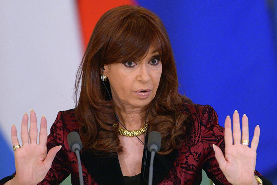 Экс-президент Аргентины Кристина Киршнер обвиняется визмене отчизне