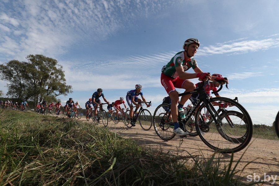 Владислав Тимошик победил на втором этапе «Тур де Брест»