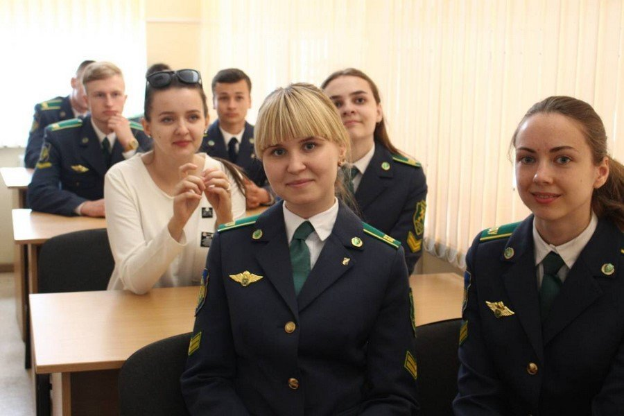 Работа на таможне в беларуси для девушек рейтинг фотографов