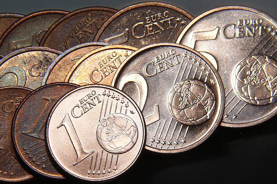 Доллар иевро сдали позиции наторгах 11мая