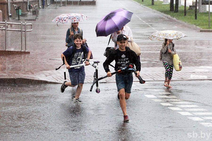 Кратковременные дожди и грозы придут в Беларусь в понедельник