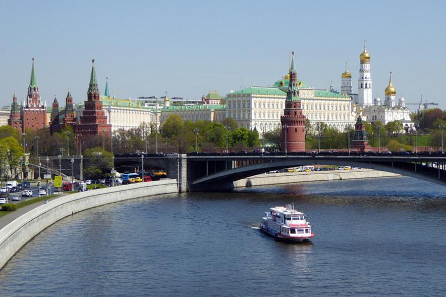 Минфин намеревается получить российский кредит в $700 млн в сентябре