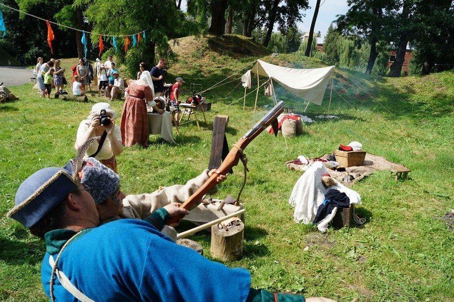 У древнего Берестья брестчане и гости города перенеслись в атмосферу XVII века