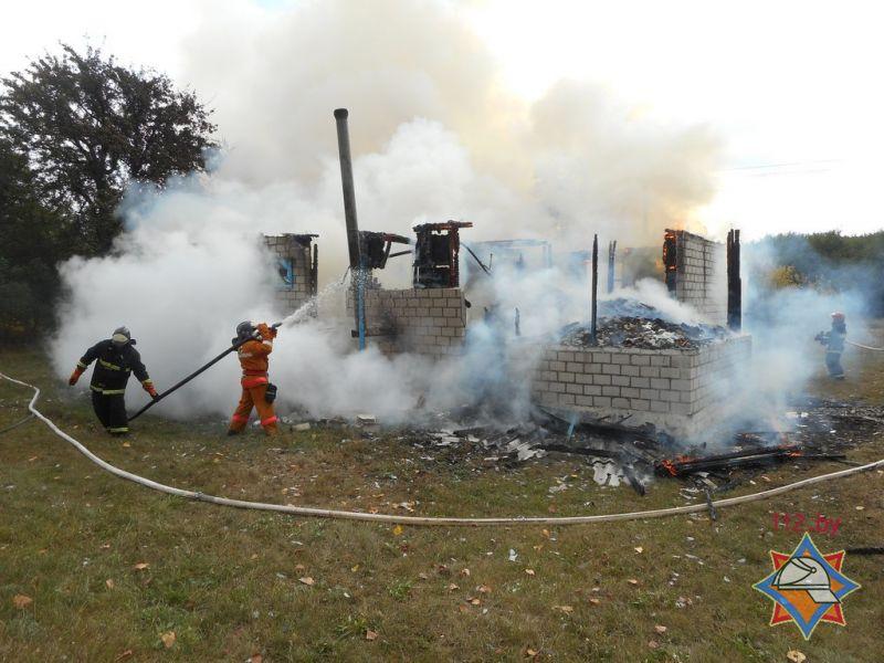 Из-за пожара граждане деревни под Жлобином остались без ФАПа