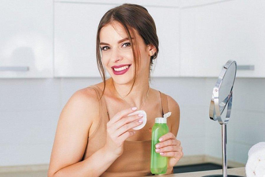 Можно ли лицо протирать чистым спиртом спирт медицинский ферейн купить в москве
