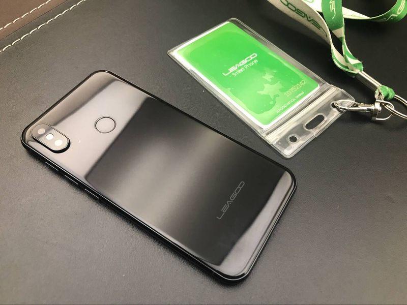 Вглобальной web-сети показали «близнеца» iPhone XизКитая