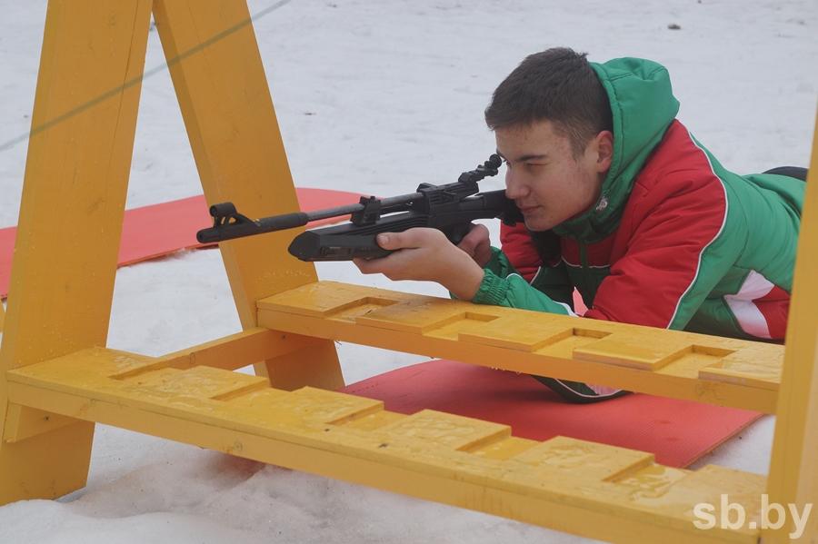 В Барановичском районе проходит областной этап соревнований «Снежный снайпер» (ВИДЕО)