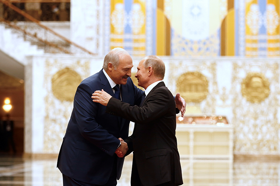 Даешь прагматичное сотрудничество— Путин поздравил Трампа