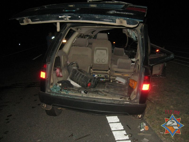 Грузовой автомобиль и Ситроэн столкнулись под Осиповичами: пострадали 3 человека