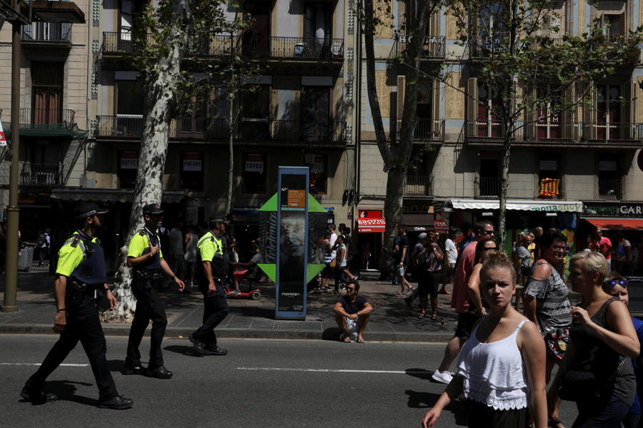 Пострадали жители 18 стран— Теракт вБарселоне