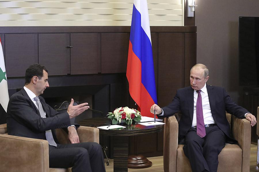 Башар Асад подарил Путину картину, сказал Песков