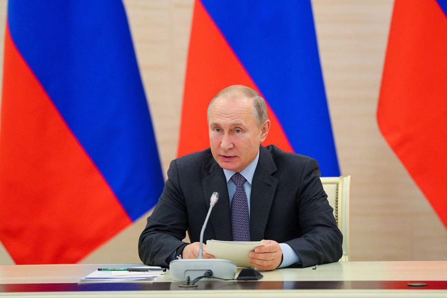 Лукашенко участвует вчаепитии спрезидентами РФ, Ирана иТурции