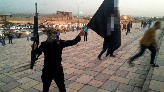 Боевики ИГИЛ казнили под Мосулом неменее 230 человек