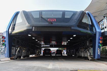 В «Поднебесной» испытали «автобус будущего»