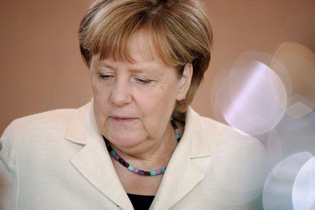Опрос: Популярность Меркель опустилась досамого низкого уровня за5 лет