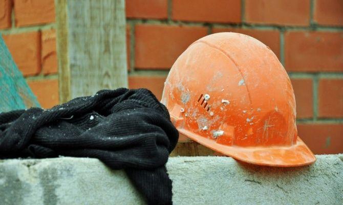 Двое рабочих погибли при обрушении стены вРечицком районе