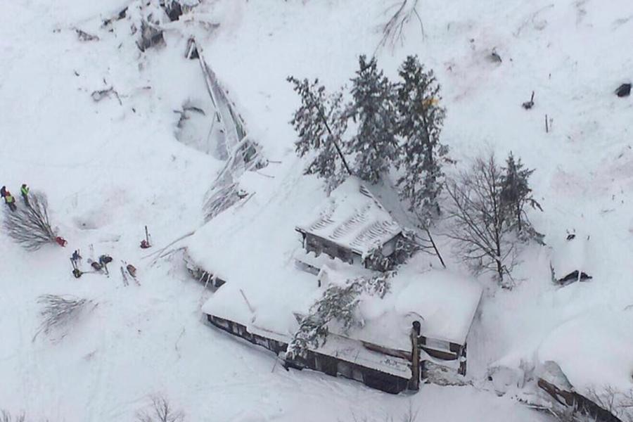 Жители России непострадали в итоге хода лавины вЦентре Италии