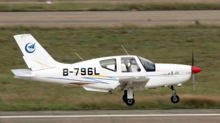 Легкий самолет разбился наавиашоу в КНР