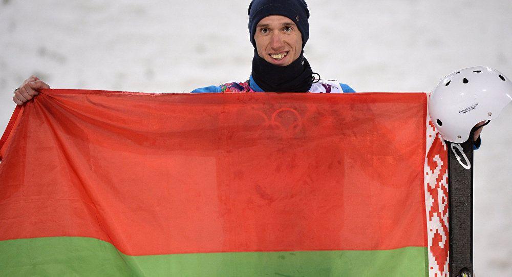 Белорус Антон Кушнир одержал победу этап Кубка мира пофристайлу