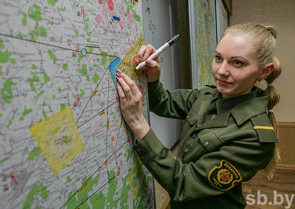 Работа в армии для девушек минск общение с веб моделью