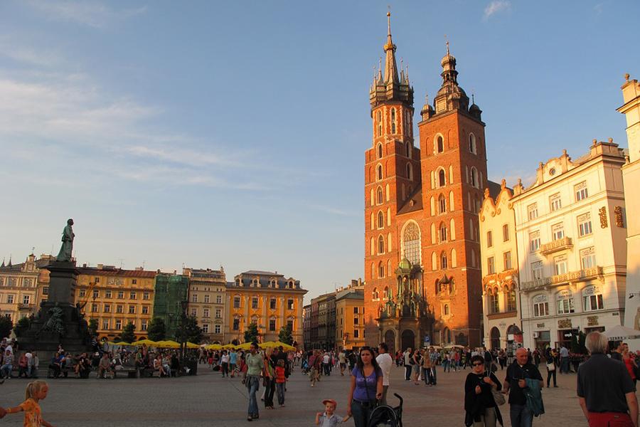 Польша запускает акцию для туристов «Выходные заполцены»