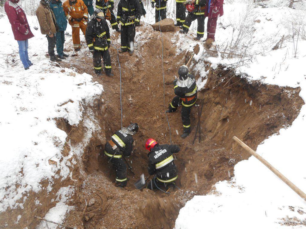 ВЖлобинском районе умер искатель металлолома, его засыпало землей