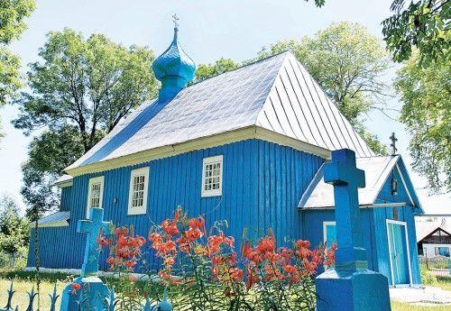 Книга о деревянных христианских святынях Брестской области вышла в Беларуси