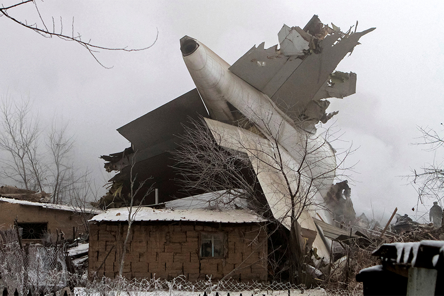 Госкомитет нацбезопасности Киргизии проверит данные огрузе сборта разбившегося Boeing