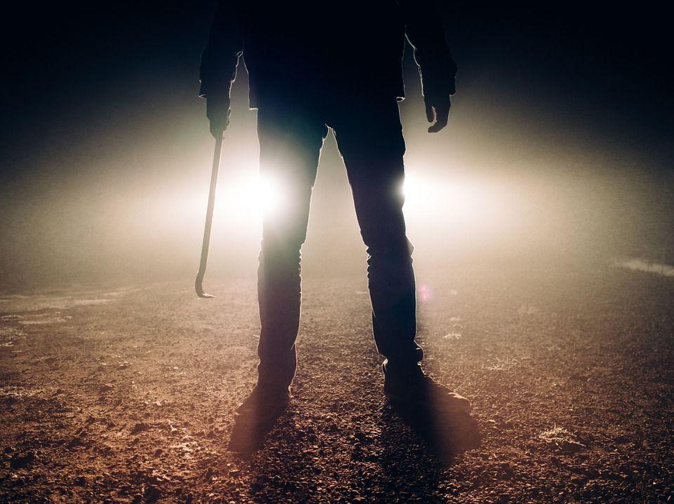 Обстоятельства смерти пенсионерки при разбойном нападении пытаются выяснить вСтолинском районе